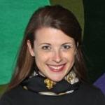 Elizabeth Headshot